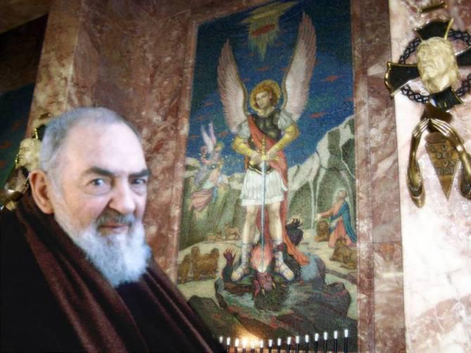 Consejos del Padre Pío para tratar a nuestro Ángel de la Guarda