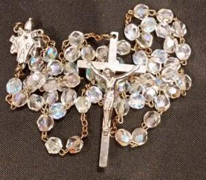 Rosario de cristal bendecido por San Juan Pablo II